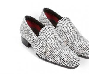 Diamante... fără număr: Așa arată pantofii de două milioane de dolari!