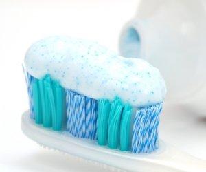 ATENȚIE! Trebuie să afli despre ce pericol se ascunde în pasta ta de dinți