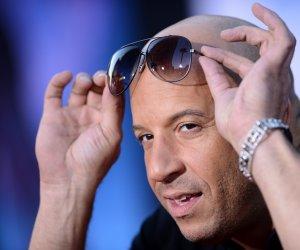 Vin Diesel e de NERECUNOSCUT! Actorul și-a lăsat părul lung și barbă!