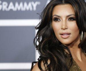 Anotimp nou, look pe măsură! Kim Kardashian a devenit o super BLONDĂ sexy!