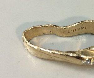 Și-a scăpat inelul de logodnă într-un tocător de resturi! Ce s-a întâmplat cu bijuteria este de-a dreptul incredibil