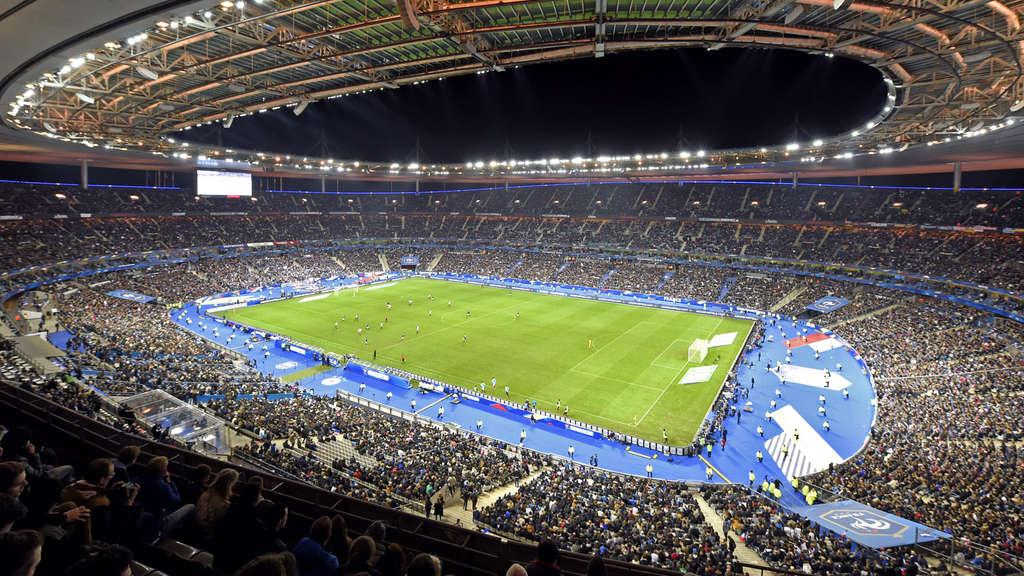 Bonsoir stade de france 10000 de oameni au muncit trei ani pentru a l const - Stade de france superficie ...