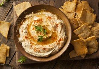 Humus de cinci stele! Secretul a fost dezvăluit chiar de un bucătar libanez! N-ai cum să nu încerci și tu așa minune de preparat!