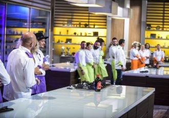 """Dorința de răzbunare devine tot mai mare la """"Chefi la cuțite""""! Concurenții își ascut cuțitele și primesc o """"porție"""" de tensiune uriașă!"""