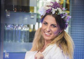 """Iulia Sălăjan a părăsit competiția """"Chefi la cuțite"""", nu înainte de a face mărturisiri emoționante! """"Eu, fata cu copaci în cap, vă iubește enorm!"""""""