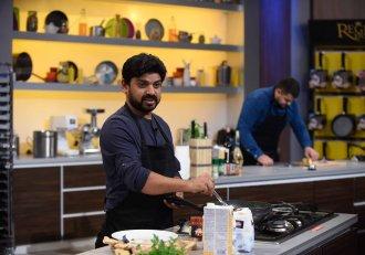 """""""Așa ceva nu văzut la Rumania mereu"""" Un indian a făcut senzație la """"Chefi la cuțite""""! """"Curry, curry, curry"""""""