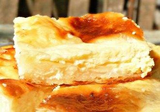 Rețetă veche de 100 de ani: Plăcintă cu brânză, un desert tradițional ca la bunica acasă