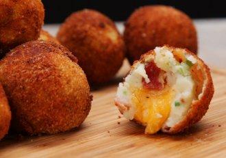 Minunăție de cartofi, gata imediat! Cu doar câteva ingrediente faci un preparat de cinci stele!