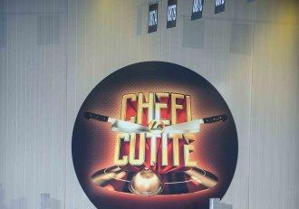 """Se impart ultimele cuțite și începe Bootcampul la """"Chefi la cuțite"""". Un concurent vine îmbrăcat în cămașa de forță"""