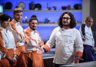 """""""Dacă pun mâna pe un bărbat, praf îl fac!"""" O concurentă sexy din echipa lui Chef Dumitrescu, cea mai HOT amenințare!"""