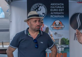 """Cei mai îndrăgiți concurenți de la """"Chefi la cuțite"""", în frunte cu Gianny Bănuță, s-au reunit la Festivalul Scoicilor! Chef Scărlătescu a avut o supriză pentru ei"""