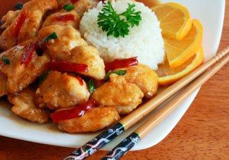 Pui cu sos de portocale, un deliciu chinezesc pe care și tu-l poți pune la cale! Se face simplu și rapid