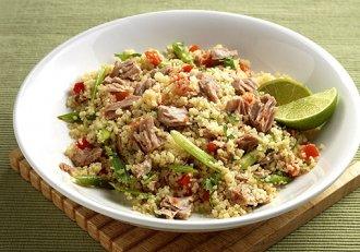 Salata de ton, preparatul perfect pentru vremea de afară!